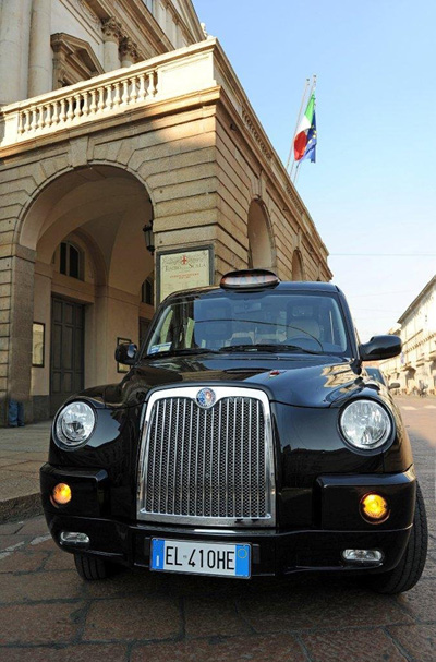 London_Taxis_Italy.jpg