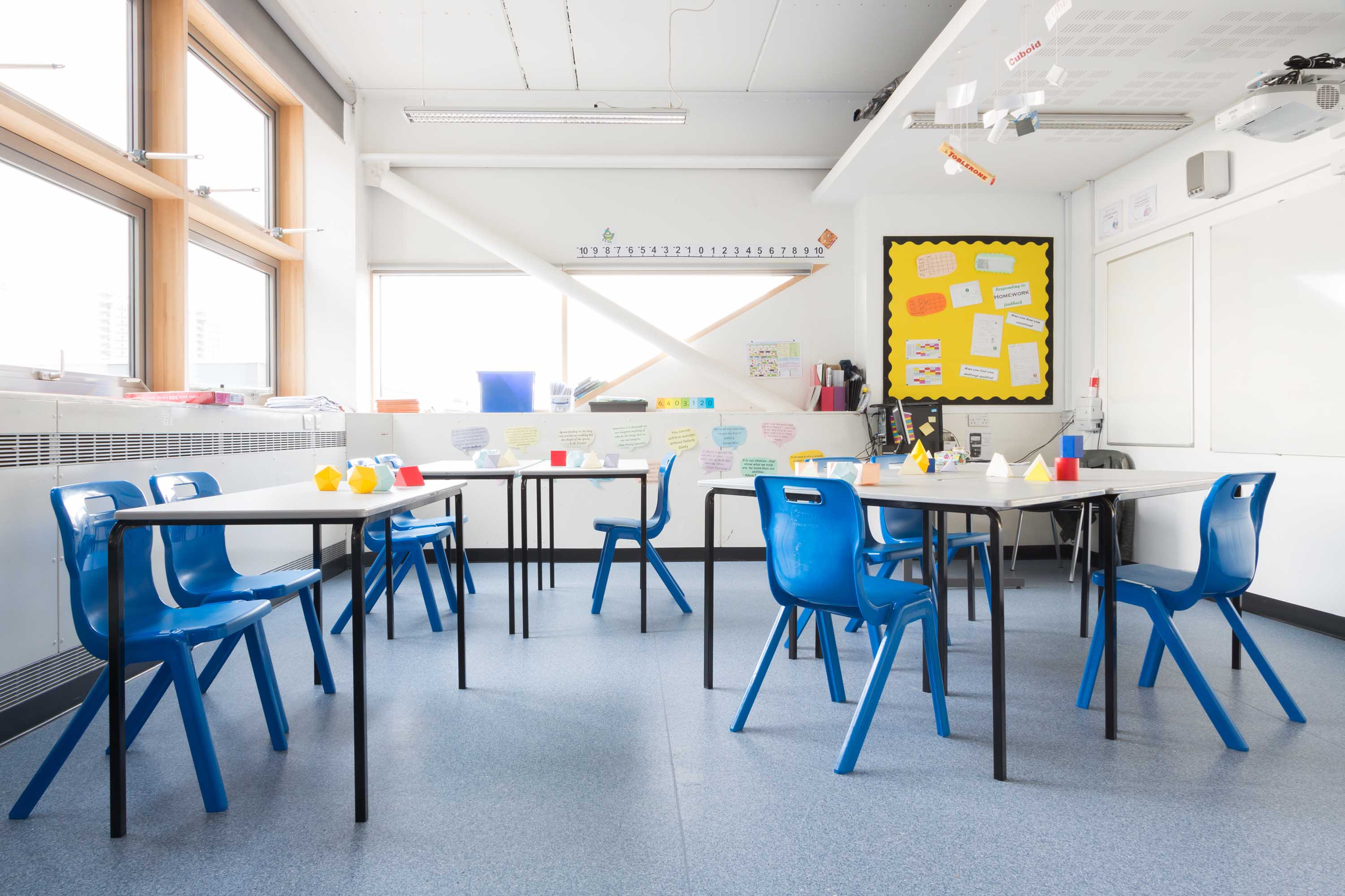 Polyflor_City_of_London_Academy.jpg